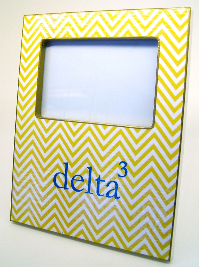 delta^3 Marye Kelley Decoupage Picture Frame - Melissa\'s Custom Gifts